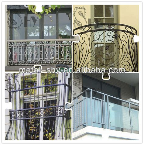 2014 china manufacture wrought iron balcony railing design