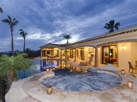 10 bedroom beach vacation rentals 5 bedroom luxury home in private beach and vrbo
