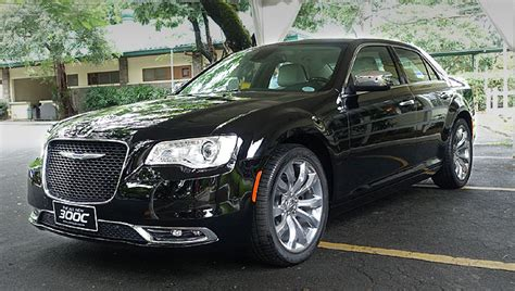 Top Gear Chrysler 300 by The Big Bold And Revised Chrysler 300c Is Here Car News