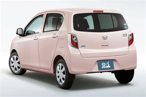 daihatsu terios fuel consumption figures daihatsu unveils mira e s kei car in japan does 75 mpg