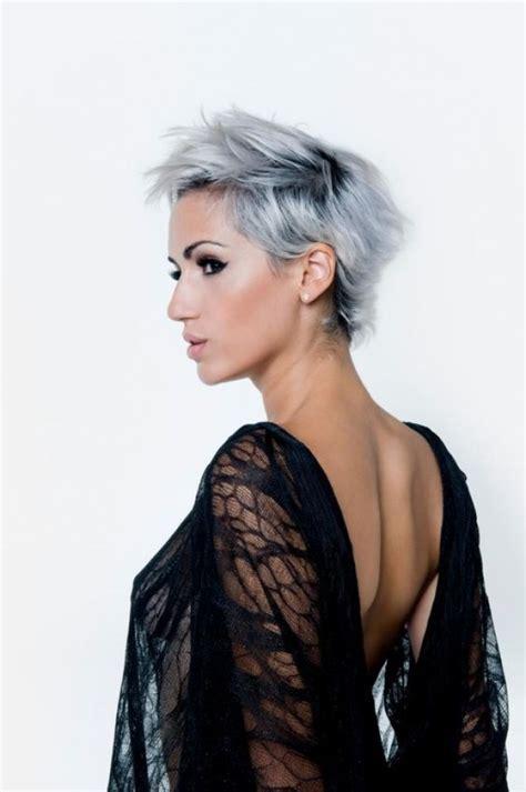 cheveux gris la tendance qui marquera 2016 coiffure