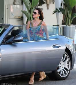 Kyle Richards Maserati Rhobh Vanderpump And Kyle Richards Chat Away In Chic