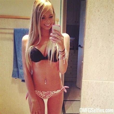 fun blonde college coed omfg selfies hall of fame