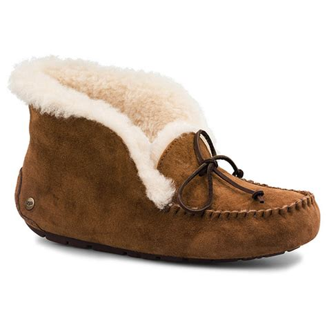 uggs slippers womens ugg slippers size 10