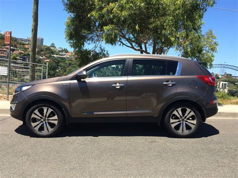 Kia Sportage Used Review Loading Images