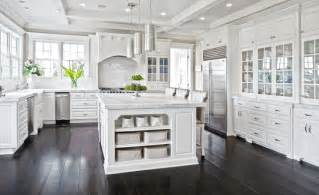kitchen floors with white cabinets 37 luxurious kitchens with white cabinets designing idea