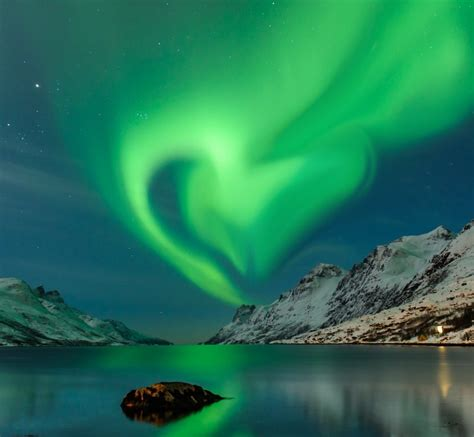 best place to see northern lights top 5 places to see the northern lights easy planet travel