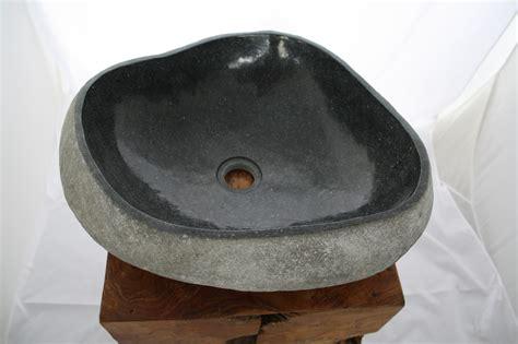 naturstein waschbecken naturstein waschbecken findling waschtisch