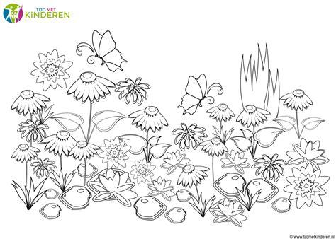 tekening vlinder met bloem kleurplaten vlinders 26 gratis kleurplaten voor kinderen