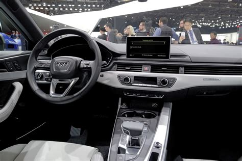 audi a 4 interni audi shows a4 sedan allroad quattro at naias 2016
