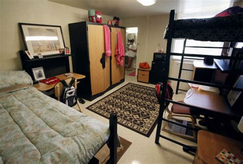 Living Room Norman Ok More Oklahoma College Students Choosing To Live On Cus