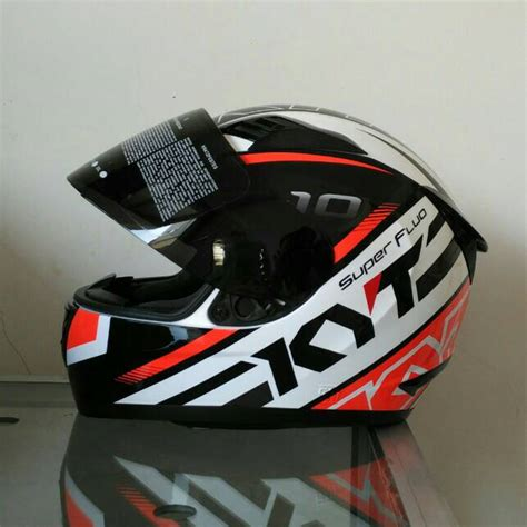 Helm Kyt Rc710 Whitered jual helm kyt r10 white flo topspeed helm surabaya