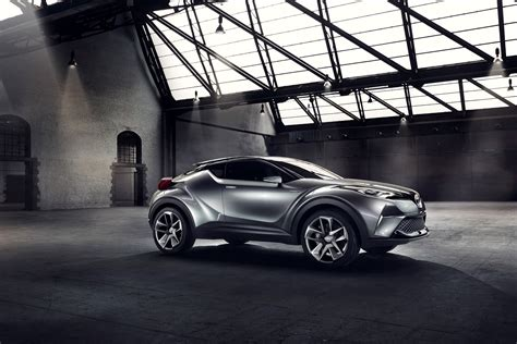 Toyota Csr 2016 Toyota Ch R Will Debut At The Geneva Motor Show 2016