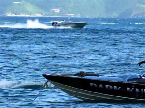 cigarette boat races kingston rabco 28fter powered by a etec 300 hp heading to califo