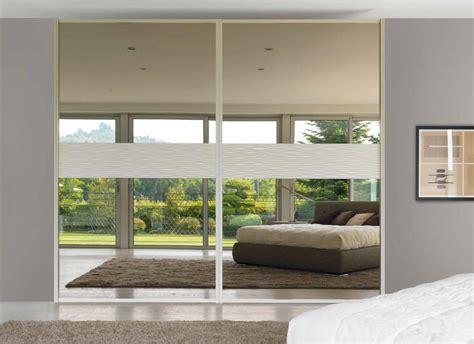 armadi laccati bianchi soggiorni bianchi laccati idee per il design della casa