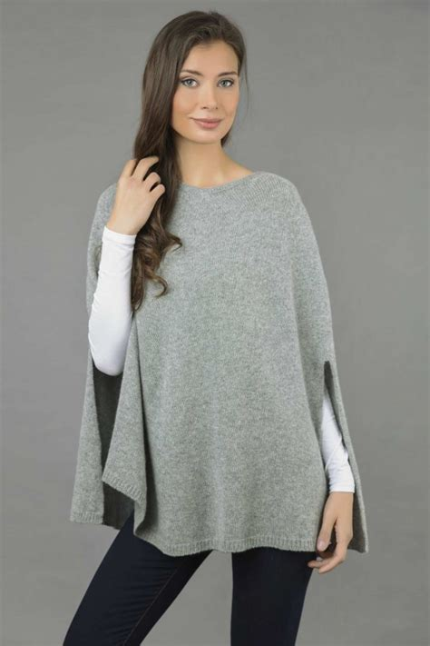 X91 Nzm 650 Knit Cape poncho cape plain knitted in light gray