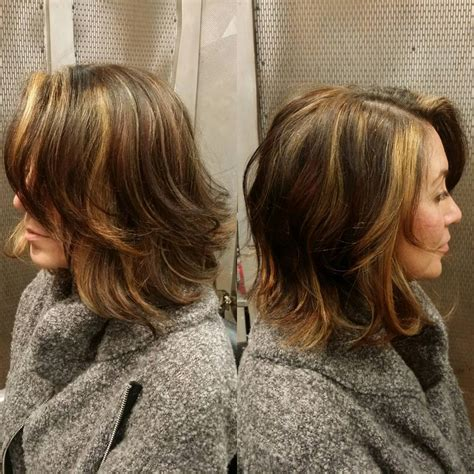 Two Toned Side Part Wavy Bob Hairstyle Design | 28 wavy bob haircuts ideas design trends premium psd