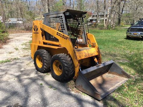daewoo dsl 801 skid steer loaders year of mnftr 1998