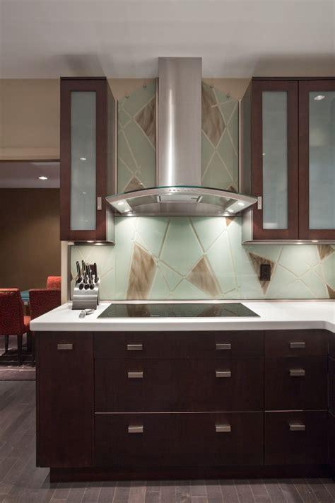 Tempered Glass Kitchen Backsplash Give Your Kitchen A Etched Glass Backsplash