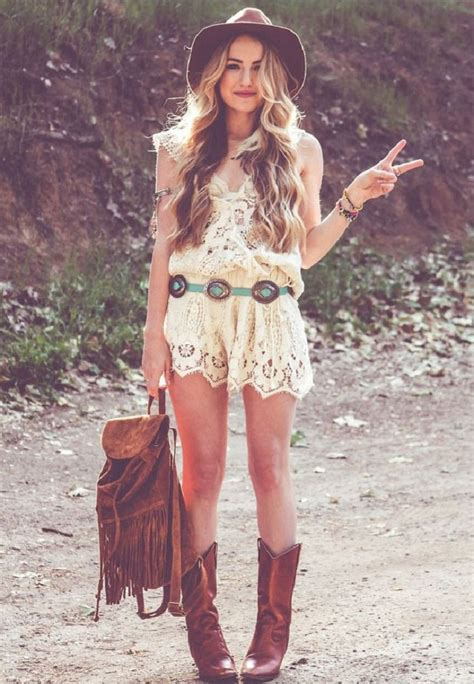 5 Foolproof Outfits To Rock At A Country Music Festival   Whiskey Riff