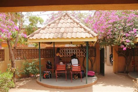 Foyer Restaurant by Le Foyer Restaurant De Atelier Theatre De Burkinabe