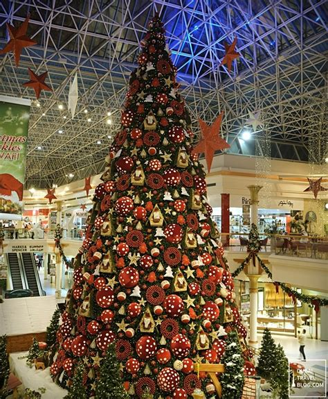 where is the biggest chistmas tree in the whole world is this the tree in dubai dubai travel