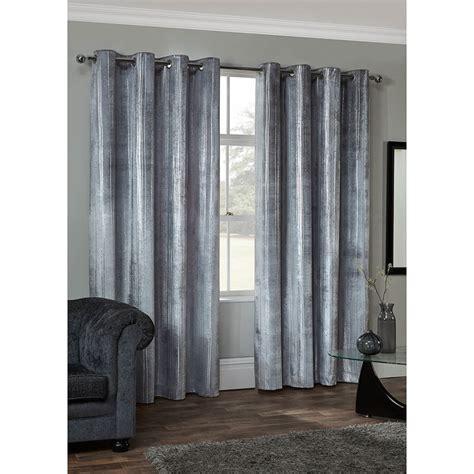 radiance metallic velvet fully lined curtains    bm