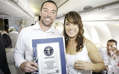 Guinness World Record For Marriage Fiji Airways Feels The As Five Couples Set Highest Altitude Wedding On An