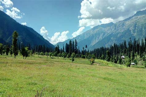 places  visit  kashmir  june   sheer bliss