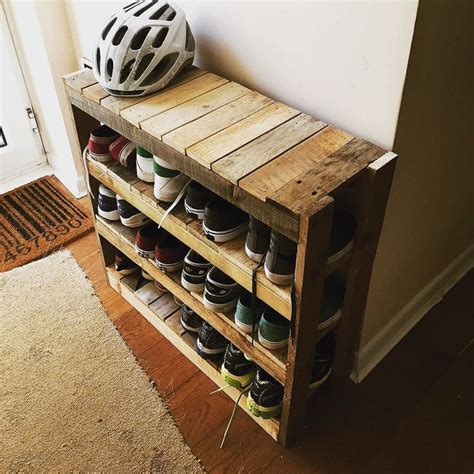 pallet shoe storage diy shoe rack pinteres