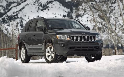 compass jeep 2010 refreshing or revolting 2011 jeep compass