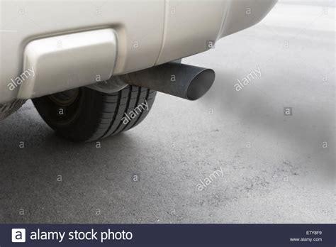 carbon monoxide exhaust fans a car emits carbon monoxide gas from its exhaust tailpipe
