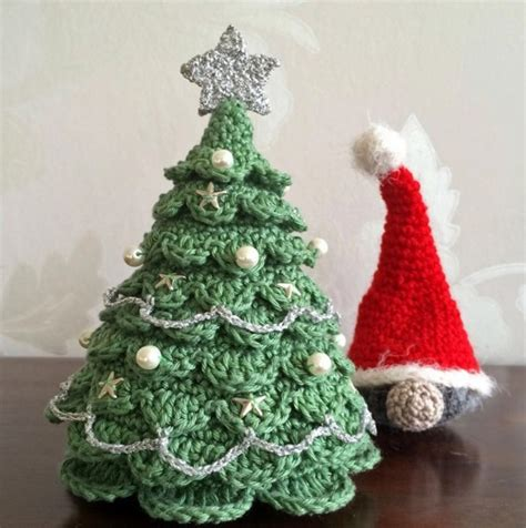 some details about crochet christmas trees