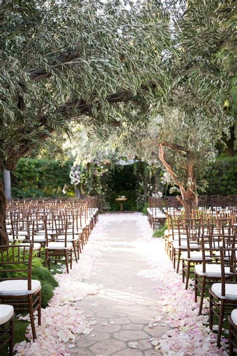 Best 25  Forest wedding decorations ideas on Pinterest