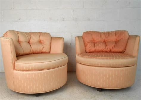 Pair Unique Mid Century Modern Barrel Back Swivel Chairs Unique Swivel Chairs