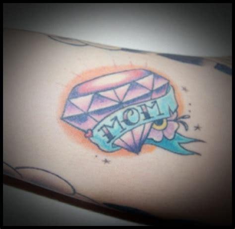 diamond tattoo with banner diamond banner tattoo designsmoney name urban tattoo