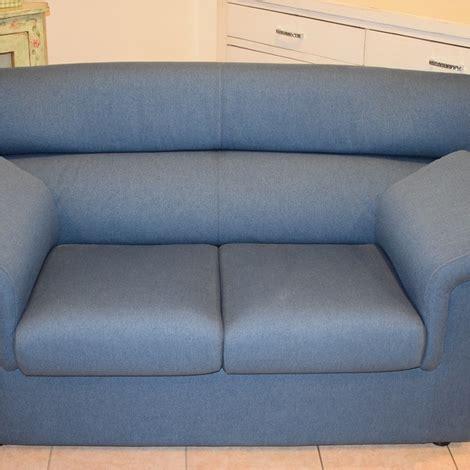 profondità divano divano a due posti con profondit 224 70 divani a prezzi