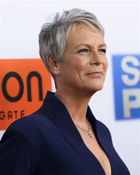 jamie lee curtis good morning america jamie lee curtis hits the red carpet picture fab over 50