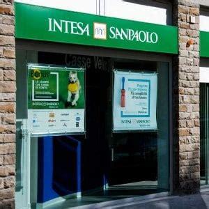 banca intesa obbligazioni un pensionato batte banca intesa risarcito per i bond
