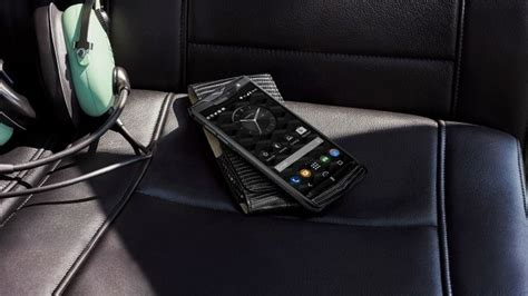 vertu signature touch bentley the vertu signature touch for bentley is a 9000 phone