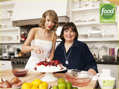 ina garten food network taylor swift shows off her impressive cooking skills in