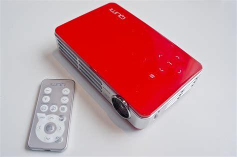 Mini Proyektor Qumi Vivitek Qumi Q5 Mini Projector Complete Review Specs