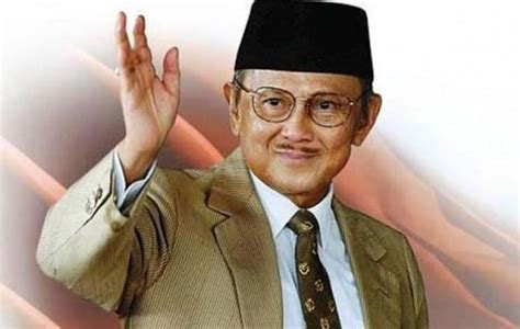 Biography Bj Habibie In English | leaked heart valve personal secretary confirms bj habibie