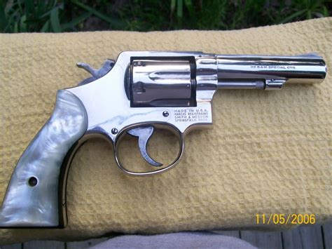 38 F Stainless Darat Dalam 38 Inch i a smith wesson 38 special ctg model 10 8 serial 8d28361 here a gun values board