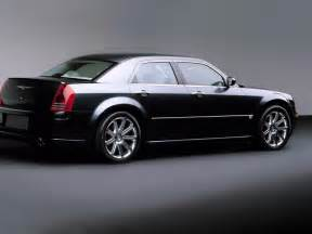 A Chrysler Chrysler 300c