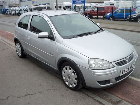 2004 Vauxhall Corsa Photos Informations Articles