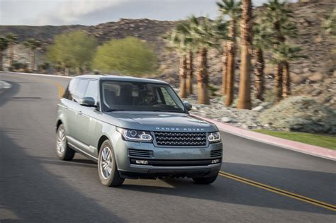 2014 land rover range rover front end in motion 03 photo 12
