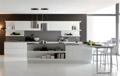 Pictures Of Kitchen Designs For Small Kitchens uvek u trendu bele kuhinje