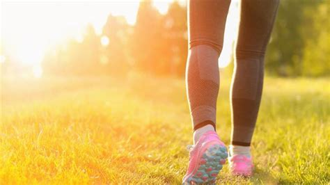 how to walk a born to be lazy how to change your walk to burn calories faster today
