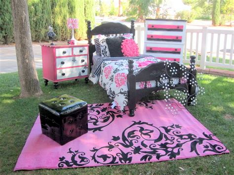 pink and black themed bedroom black white pink damask themed room that sold rooms